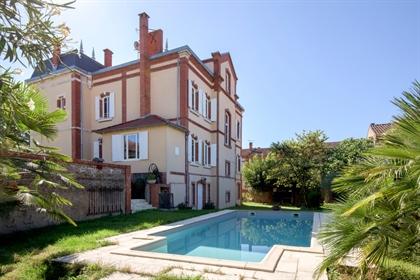 Belle Epoque mansion