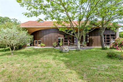 Ancienne grange réhabilitée par un architecte