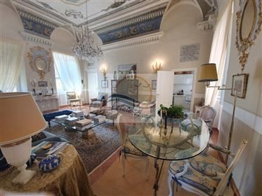 Lejlighed: 93 m²