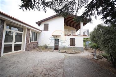 In vendita  a Dolceacqua, località Colla, casa indipendente