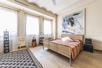 Este exclusivo piso de 3 plantas en el centro de Madrid dest...