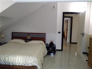 Huis: 180 m²