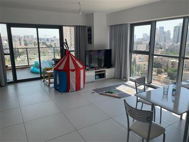 Διαμέρισμα : 80 τ.μ.
