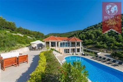 Luxury property: 520 m²