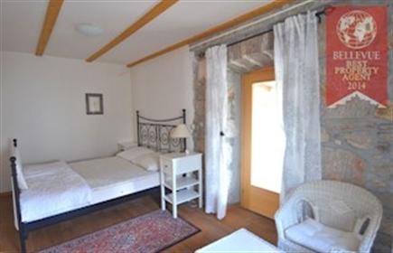 Kuća : 270 m²