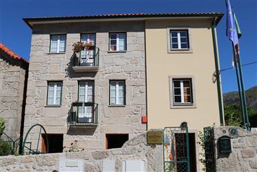 Guesthouse For Sale In Aldeia Das Dez (Schist Village)
