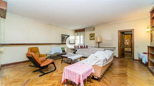 Casa: 220 m²