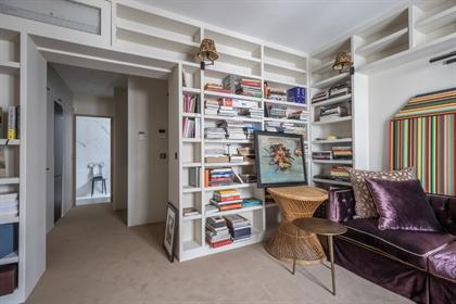Top floor renovated apartment