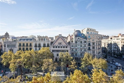 In one of the most emblematic streets of the city, the Paseo de Gracia, on the block consi