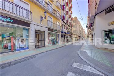 Ático Con Terraza En El Centro De Alicante