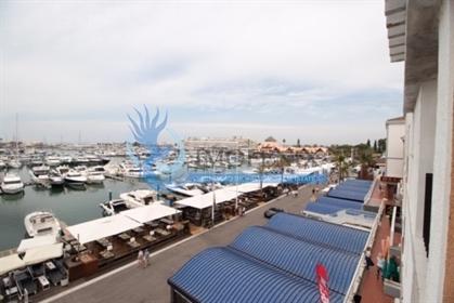 Apartamento T1+1 na marina de Vilamoura