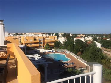 2 Bedroom South Facing Penthouse Apartment With Roof Solarium And Sea Views