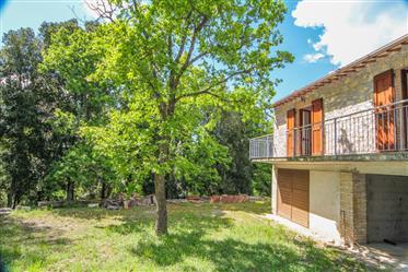Farmhouse for sale in Umbria