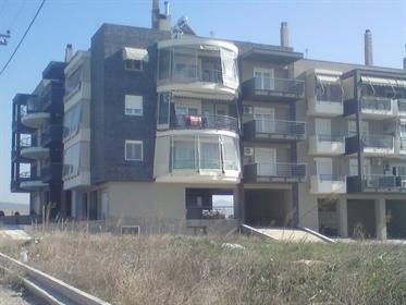 Διαμέρισμα : 53 τ.μ.
