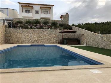 Excelente moradia T4 c/piscina e vistas maravilhosas
