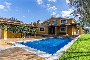 Moradia de luxo com piscina