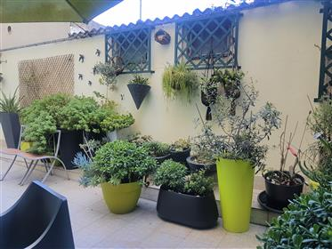 T2+1 charming apartment with patio in Bairro dos Atores