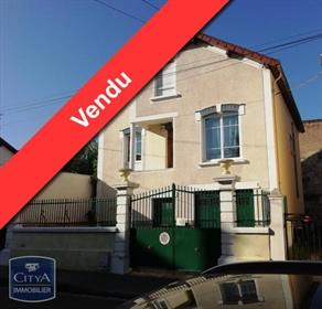 Chalon-Sur-Saône : Maison De Ville Annees 30 4 Chambres 140 M2 Baisse De Prix - Très Reche