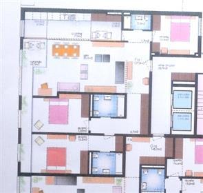 Apartamento T3: Av. Emídio Navarro