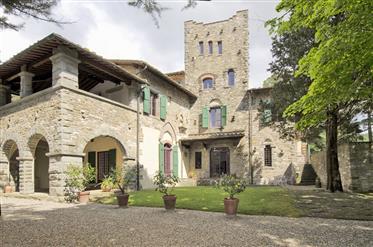 Una Bellissima e Prestigiosa Villa