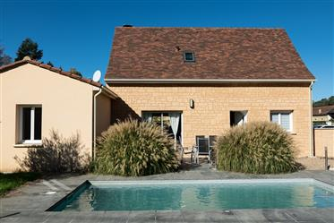 3 Bedroom Modern Property with Pool in Sarlat