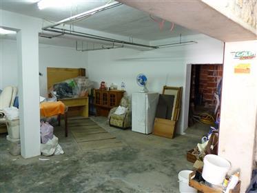 Vivenda: 153 m²