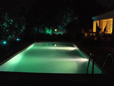 T6 casa com terra e piscina