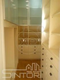 Διαμέρισμα : 170 τ.μ.