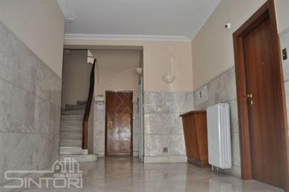 Διαμέρισμα : 105 τ.μ.