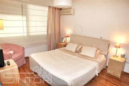 Διαμέρισμα : 120 τ.μ.