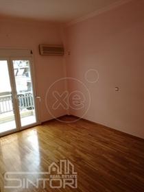 Διαμέρισμα : 75 τ.μ.