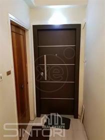 Διαμέρισμα : 83 τ.μ.