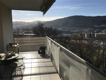 Apartment: 85 m²