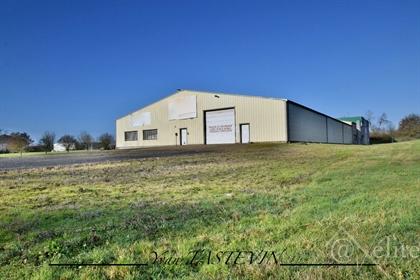 La Ferte Bernard local business ideally located close to the motorway axis Paris - Le Mans