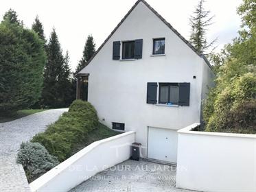 Maison Familiale sur les hauteurs de Sens