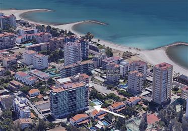 Apartamento en secunda linea de playa con vista al mar