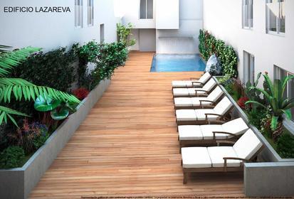 El Edificio Lazareva es un residencial ubicado en Torrevieja, a solo 70 metros de la playa