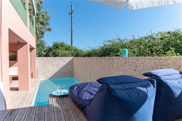 Διαμέρισμα με πισίνα
