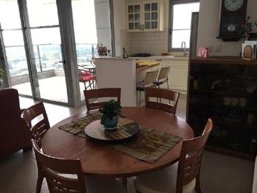 דירה למכירה מתיווך 4 חדרים בהגפן רמת גן, מורדי הגיטאות, 3400...
