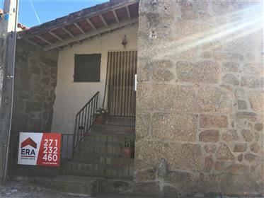 Moradia 2 quartos, Sobral da Serra