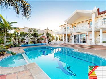 Magnífica villa a un precio inmejorable en Golf Costa Adeje, Tenerife Sur!
