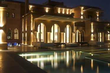Magnifique penthouse a la vente