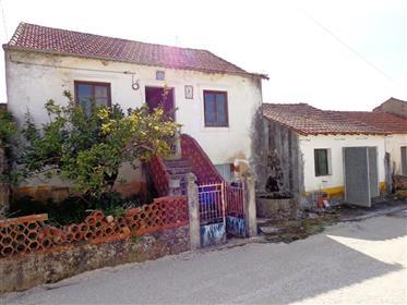 Moradia T2 - Casais de Santa Teresa - Alcobaça