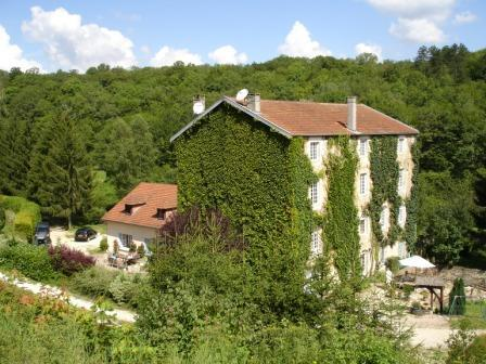 Domaine with Romantic Watermill and Guest House