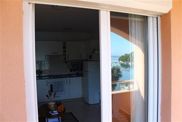 Charmante Wohnung in der ersten Reihe in Marina