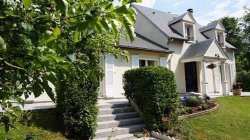 Vente maison/villa 180 m2 - Breval (78980)
