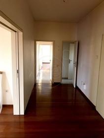 Διαμέρισμα : 190 τ.μ.