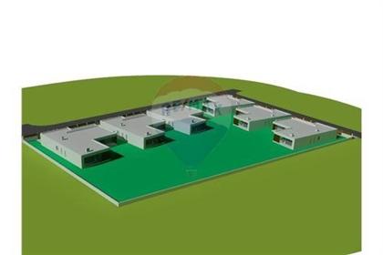 Terreno: 2539 m²