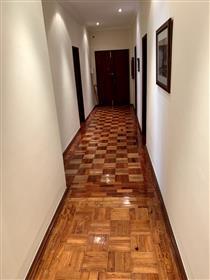Apartamento T5 Avenidas Novas Lisboa