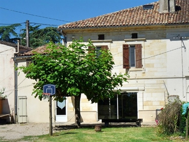 Maison de Village en Pierre - 3 chambres 24230 St Seurin de Prats